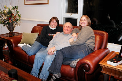 Shelly with her Dad and sister Sharon.