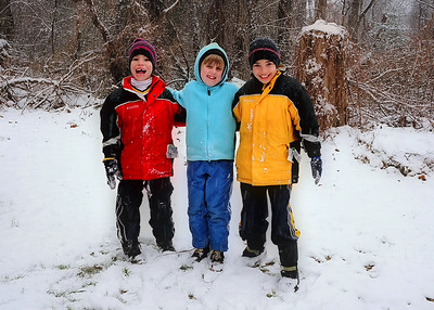 Elena - in the snow! - with cousins Michael and Dylan.