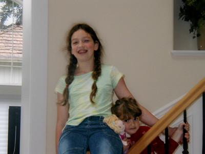 Ilana with little sister Alegra.