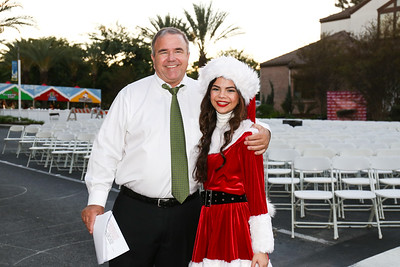 2016 City of Paramount Tree Lighting