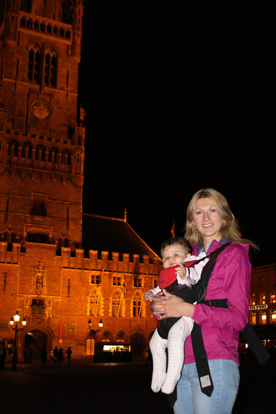 Catherine and Eva in Bruges