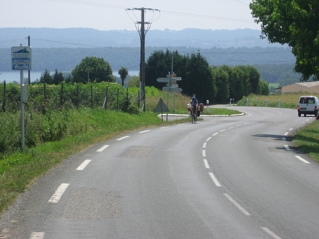 They day of the many uphills. 60km of 2km up and 2km down. No flats. Don't go west along the south of France. Go south.