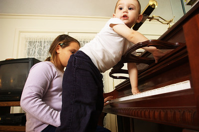 This is HOW I play the Piano
