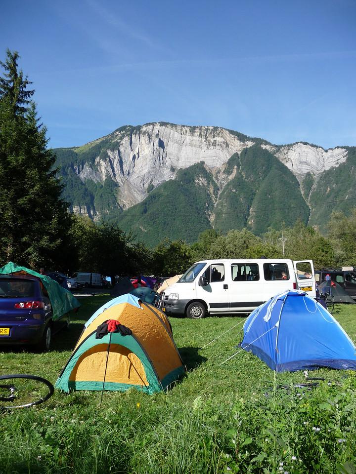 Little tent, big mountains. Location - le Bourg d'Oisans