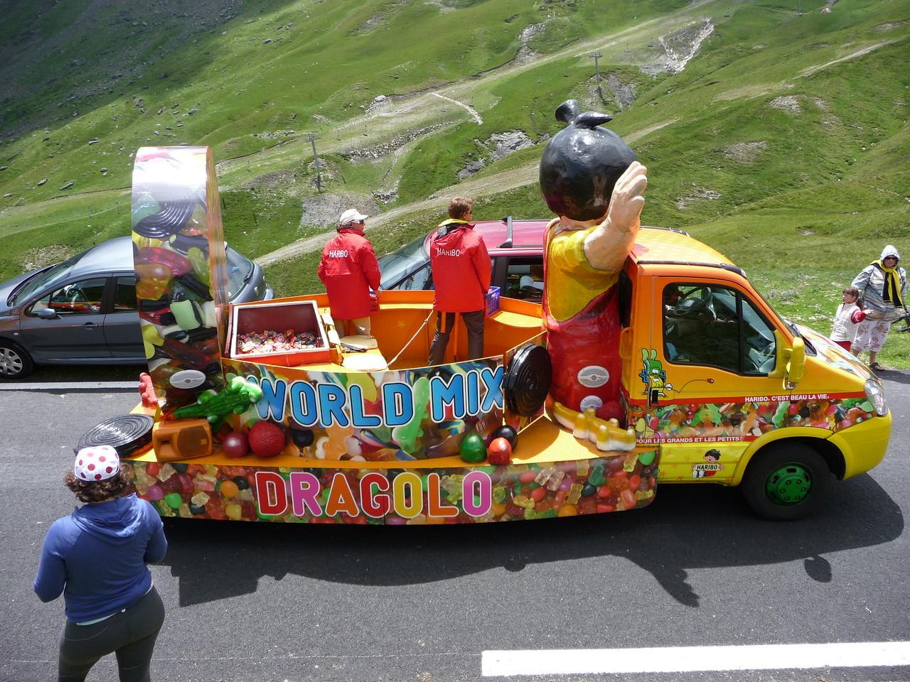 Mmmmm candy truck. Location - Col du Tourmalet