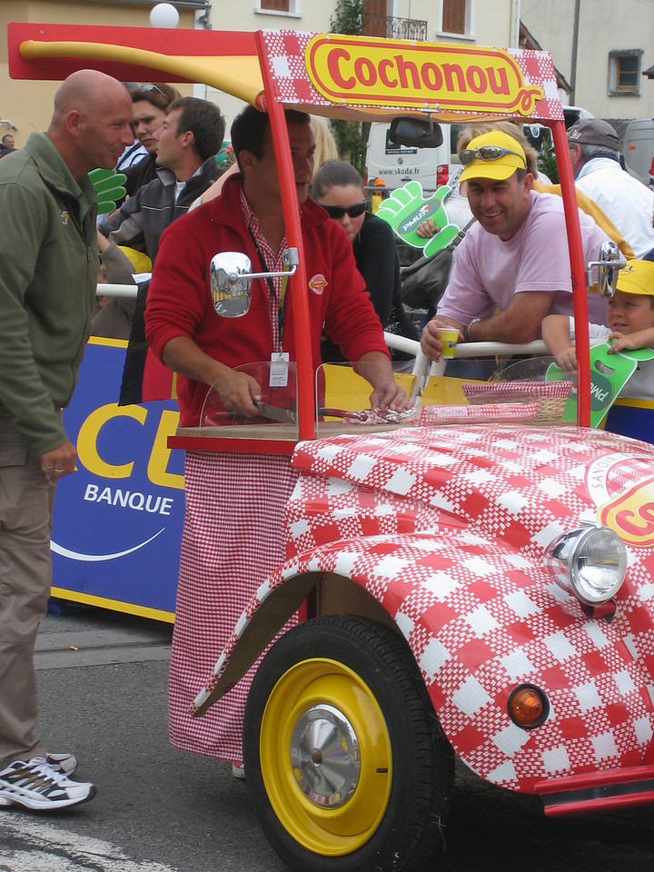 The Cochonou guy was pretty slow cause he was slicing sausages as he pushed his car along the route.