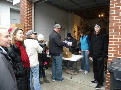 Lions Holiday Food Distribution