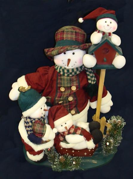 Snowman and Snowkids