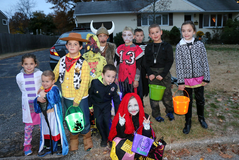 10-31-15 Trick or Treating with Friends