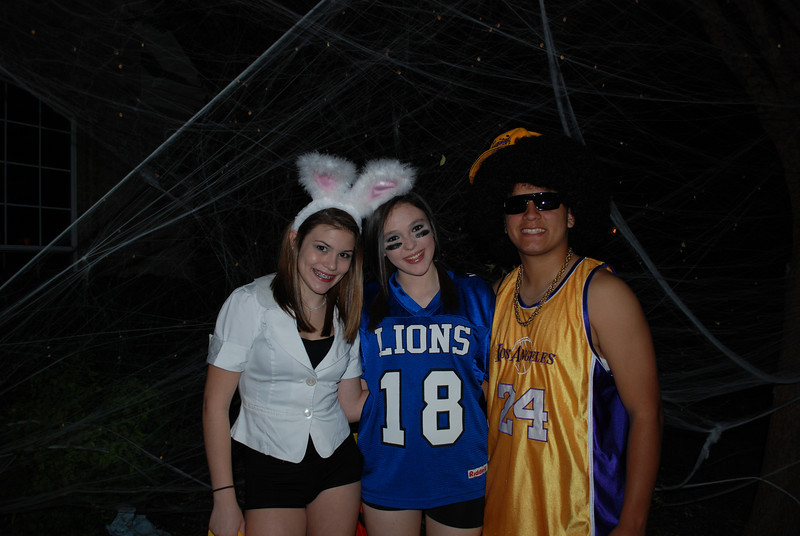 Lexi, Katelyn and Josh...still no Cody.   Cody was supposed to be Hugh Hefner and Lexi one of the bunnies.  It just doesn't look the same without Hugh!