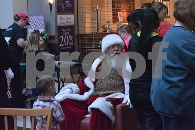 12/10/16 Broadway Square Mall Hosts Breakfast With Santa with Tara Lupi