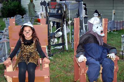 916 2012 BOOva Halloween