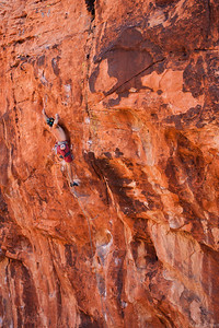 Alan on the very bouldery Geometric Progression 5.12b at the Pier, Red Rocks
