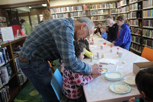 '16 Burton Easter Hunt/Library Fun