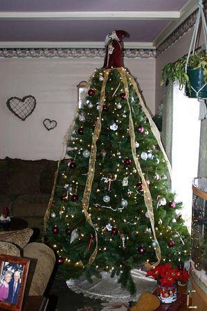 Formal living room Christmas tree