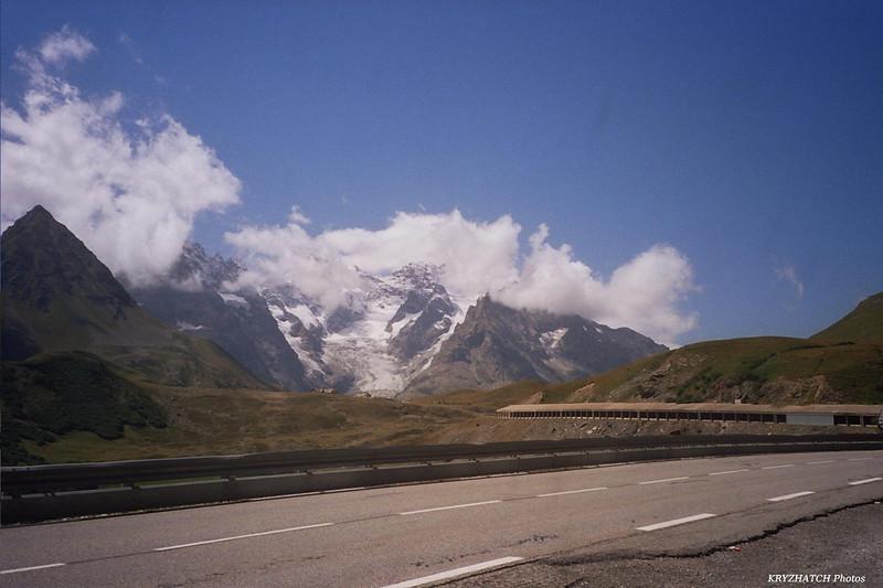 Massif des ECRINS depuis la vallée de la GUISANE (D1091)