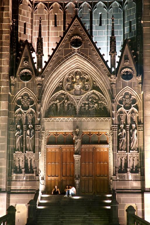 Parvis de la cathédrale de Clermont