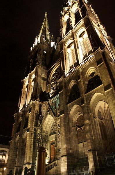 Les tours de la cathédrale de clermont