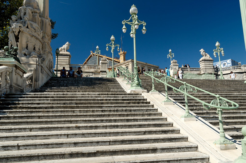 Les escaliers de la gare St Charle