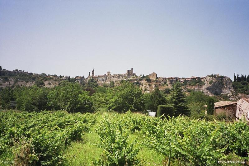AIGUEZE (30) à la sortie des Gorges de l'Ardèche