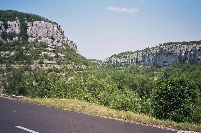 Rivière de l'Ardèche avant RUOMS