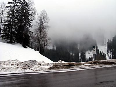 skiing_stanton2009-000111