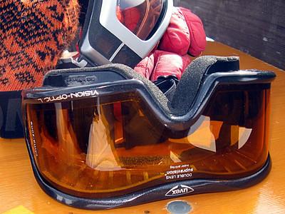 skiing_stanton2009-00021111
