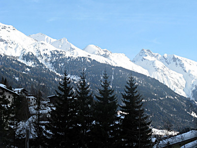 skiing_stanton2009-000011