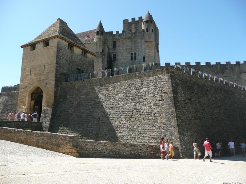 BEYNAC et CAZENAC (24) - Le chateau