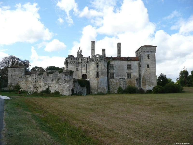 MAREUIL (24) - Chateau en ruine