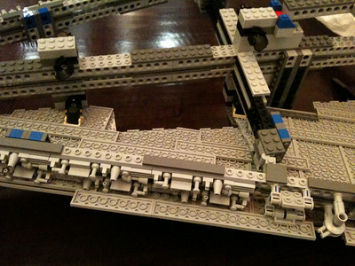 2009 Imperial Star Destroyer Project, mid-wing detail. Blue blocks connect the up-down mirror-image parts of the skeleton.
