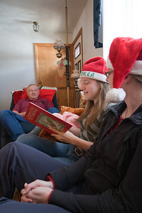 Family reading of 'Twas the morning of Christmas