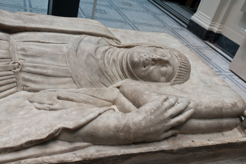 Tomb Effigy of a woman. Victoria and Albert Museum. London, England.