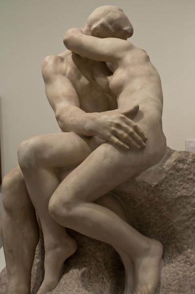 Le baiser (The kiss) by Auguste Rodin. Tate Modern, London, England.