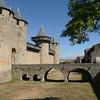 CARCASSONNE - Pont vers le chateau Comtal