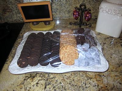 Cookies and brownies........ Mmmmmmm.......