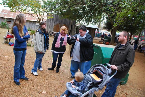 Bishops Pumpkin Farm, Wheatland California.  Kayla, Robin, Jen, Corey, Chris, and Korbin (Korbie)