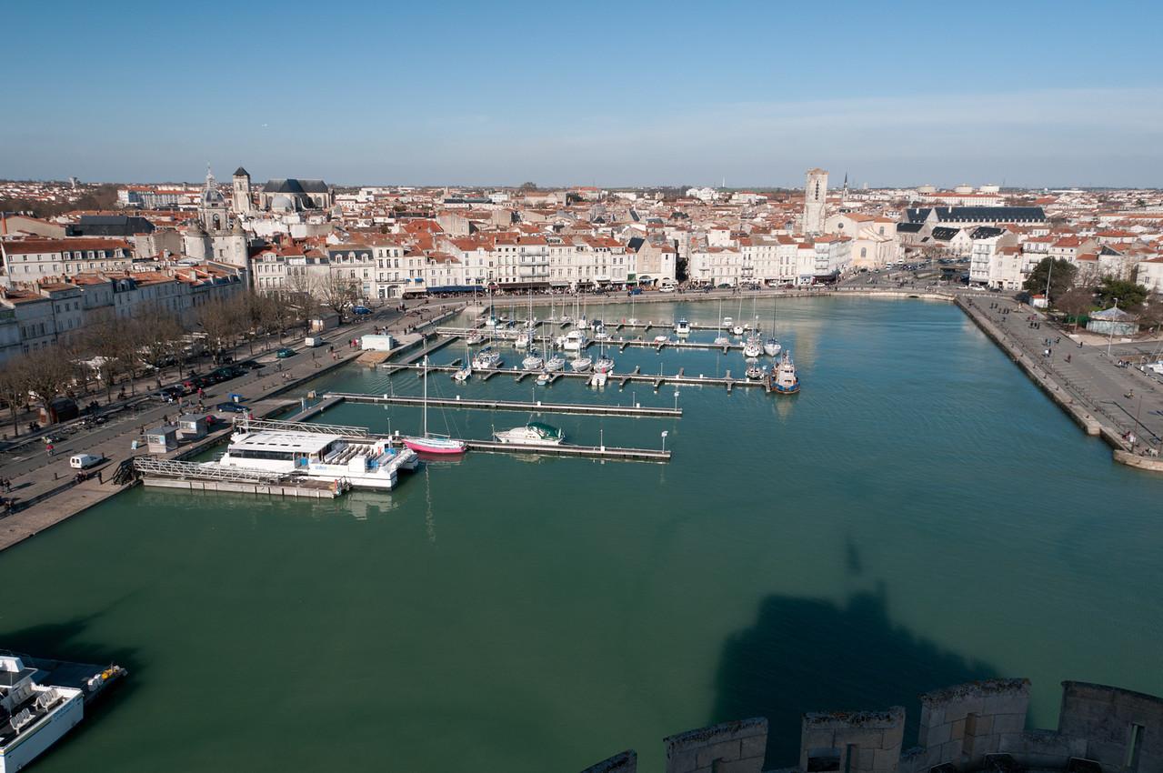Le vieux port de la rochelle vu depuis la tour St. Nicolas.