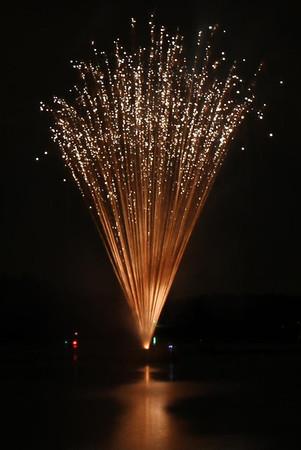 2011-07-04 Elks Lodge #599 Fireworks Display
