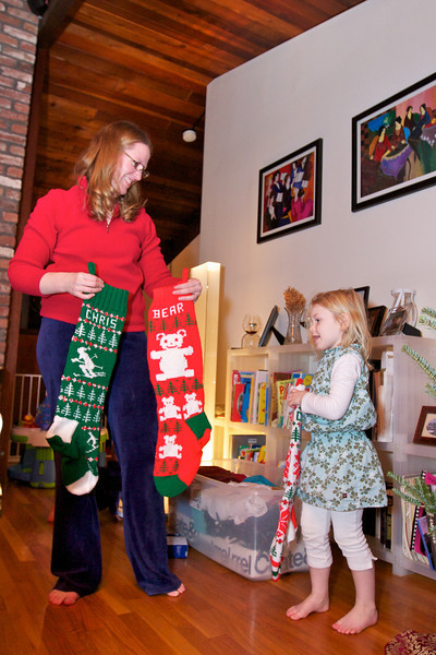 Clara & Kieran Decorate the Tree & Visit Santa