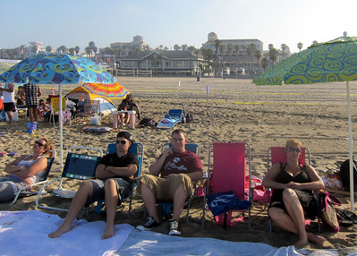 It's 7:41am at Huntington Beach on July 4th and no one is here. :-)