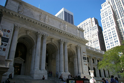 Walking around New York - Public library