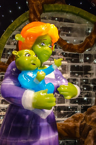 Princess Fiona and child in ICE Princess Fiona and chile in ICE at the Gaylord National