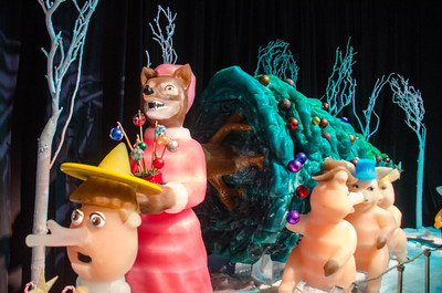 Three Piggies and a Wolf in ICE Three Little Piggies and a Wolf in ICE at the Gaylord National