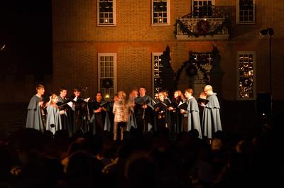 Carolers singing before Illumination Carolers singing Christmas carols before the Colonial Williamsburg Grand Illumination