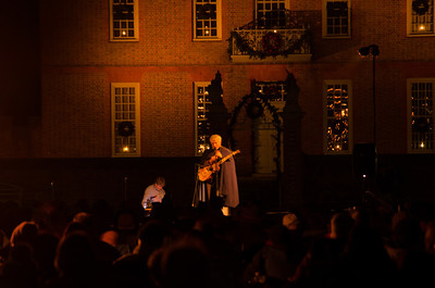 Storyteller before the Illumination Storyteller tells stories, and sings a few songs before the Colonial Williamsburg Grand Illumination