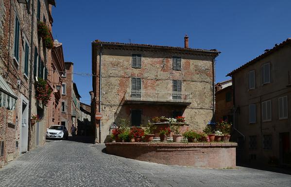 Monte Leone D'Orvieto and the villa 25 August 2014