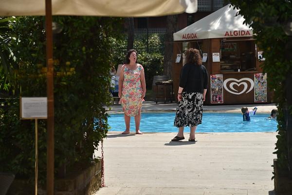 Sharon & Isabel arrive - Rome - 14 August 2015