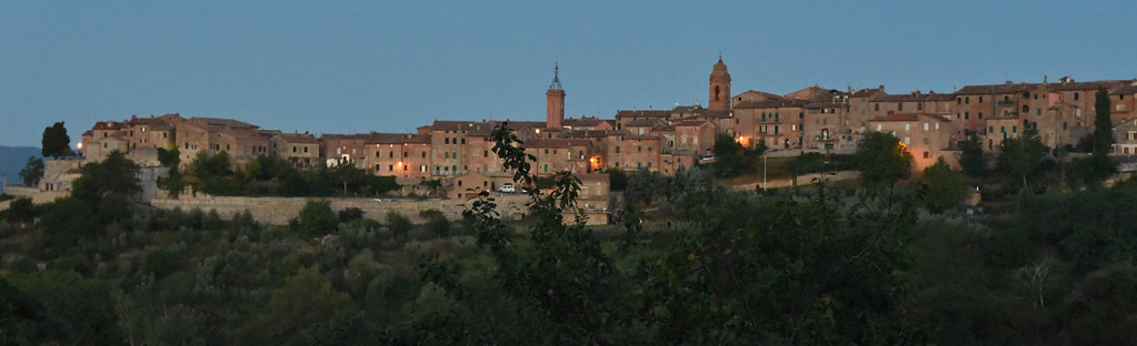 Sunrise in Monteleoni - Todi - Il Berneto 20 August 2015