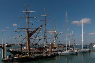 Portsmouth, Gunwarf Quay Dock